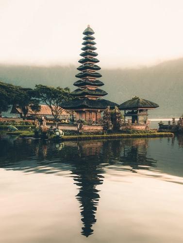 Hidden temples in a Bali village. Photo by Aron Visuals on Unsplash